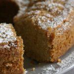 Saftiger Apfelmuskuchen – der Picknick Kuchen schlechthin