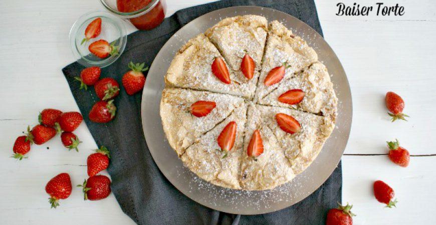 Erdbeer Sahne Baiser Torte – Sommerträumchen Rezept und #ichbacksmir mit tastesherif